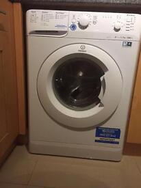 Indesit washing machine in excellent clean working condition