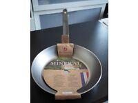 De Buyer Mineral B Element carbon steel frying pan 28 cm - new and unused