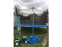 14ft trampoline with enclosure good condition
