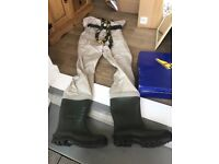 Wader -waterproof fishing boots attached to trousers - Good Year- size 41 & 44