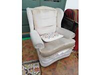 2 free armchairs
