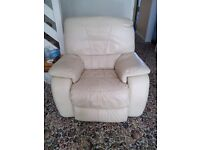 Cream leather double electric recliner 3 seat settee, and electric recliner arm chair