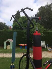 MMA punch bag/pull up stand and punch bag