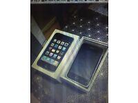 apple 3gs iphone orange ee t mobile virgin can unlock open any sim old ios 6.1.6