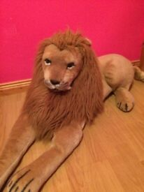 Large Toy Lion