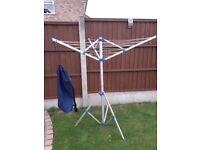3 arm rotary Clothes Airer.