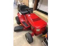Lawnmower ride on Murray 125/96 mower gardening
