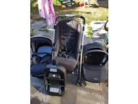 Silvercross 3in1 travel system. With Isofix an raincover