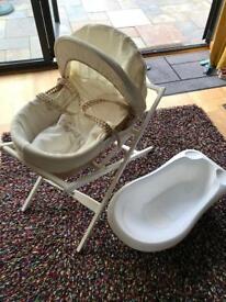 Mamas and Papas Moses basket and baby bath