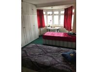 *** Massive double/twin room available now, Only 4 min walk from the station*** Willesden Green