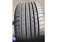 2x275/35/20 Dunlops brand new