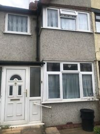 3 BEDROOM TERRACED HOUSE DSS ACCEPTED WITH GUARANTOR