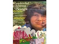 Wonderful children songs by John Pertwee and June Whitfield