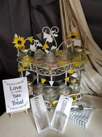 Sweet display shelf with jars and accessories