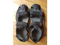 regatta Ad trek walking sandal size 9.5/10 unworn