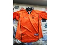 Medium size, excellent condition retro Holland shirt.
