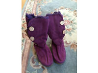 ABsolutely New - women faux fur boots, in purple colour, UK size 6.