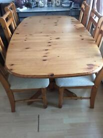Table and 6 chairs extendable
