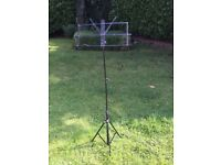 Music stand - foldable