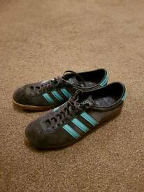 Adidas London trainers