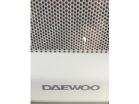Microwave, decent condition. 1000w Daewoo