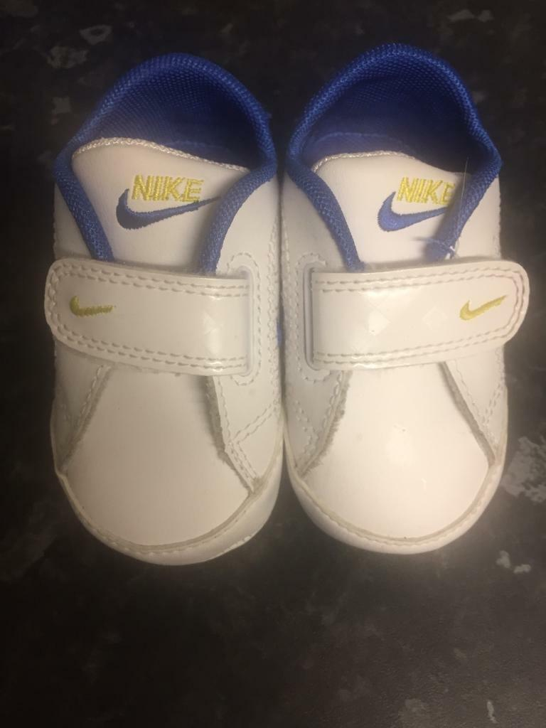 Nike trainers baby infant crib size 1.5 as new