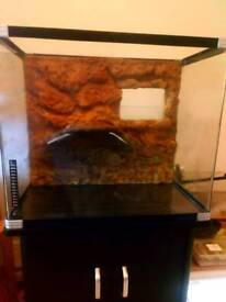 Turtle tank with stand