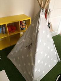 Kids canvas tent