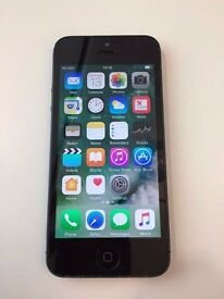 iPhone 5 16GB Black - damaged screen