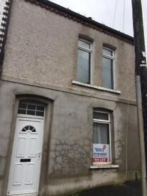 House to let Enfield Street
