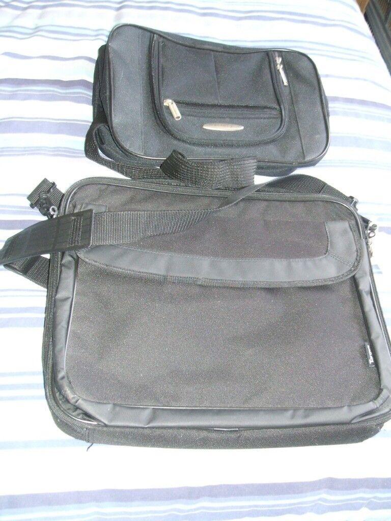 2 new laptop cases, ( targus 40cm x 35cm, constellation 35cm