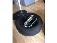 VW POLO 9N . GRILL . ELEC MIRRORS . SPARE WHEEL AND JACK