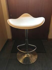 One gas-lift cream Barstool