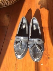Dune Navy blue loafers (WOMEN'S SIZE 7)
