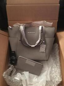 Authentic Michael Kors pearl grey jet set tote & matching purse