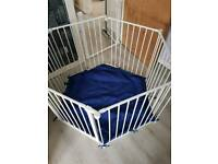 Play pen or room devider