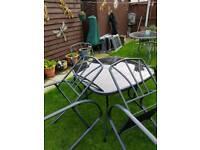 Garden table n umbrella n 4 chairs