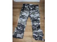 MOTORCYCLE TEXTILE CAMOUFLAGE TROUSERS 34 W