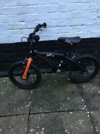 Boys XT16 bike (suit 4-6 yrs) - great condition