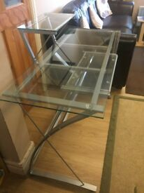 Contemporary glass computer table and chair - Modern Style - Excellent Condition