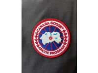 EXCELLENT CONDITION Canada Goose Jacket (size: Large)