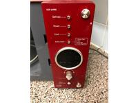Microwave in red working fine