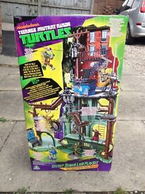 TEENAGE MUTANT NINJA TURTLES TMNT TURTLE LAIR BRAND NEW RRP £80-£100