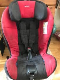 Axkid rear facing car seat