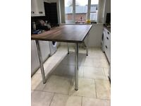 Free standing breakfast bar and 4 bar stools