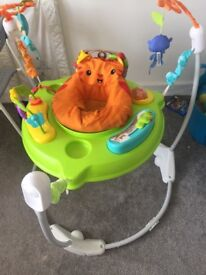 Baby jumparoo Fisher price Great condition,Cleaned well