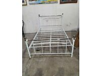 Yani Double Metal Bed Frame - White (621/9204) No181217