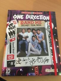One Direction 1D and me Secret Tour Book