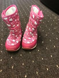Hello kitty girls boots size 6