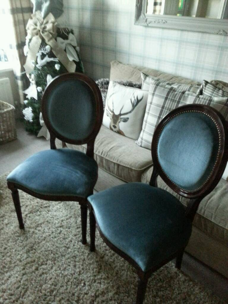 2 x chairs fab condition
